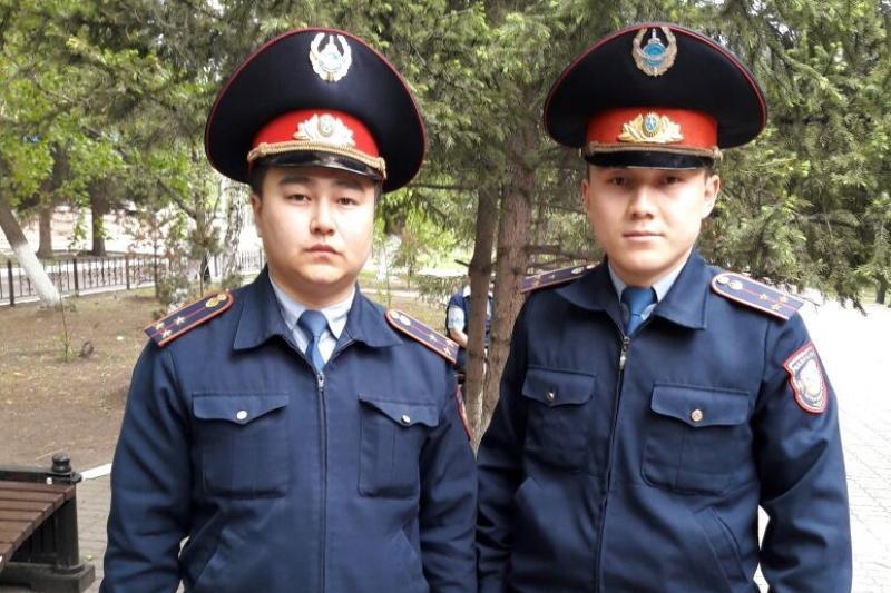 Полицейские Кокшетау спасли юношу от суицида