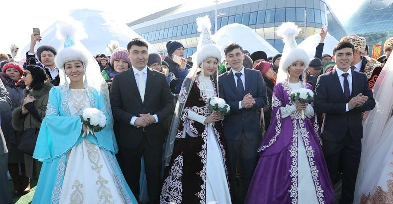 Елбасы посетил празднование Нуарыза в Астане