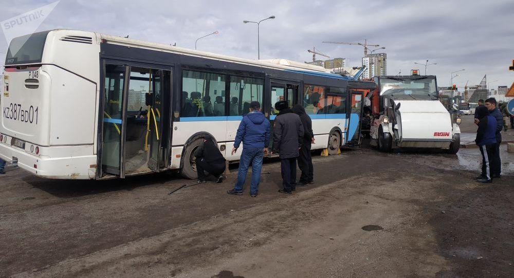 ДТП в столице Казахстана: есть жертвы