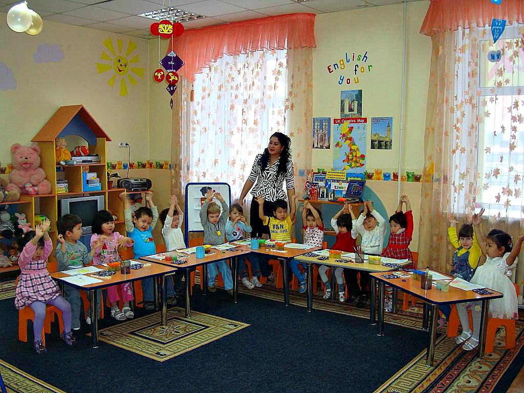 В детских садах и школах РК хотят ввести должность дефектолога и увеличить число психологов