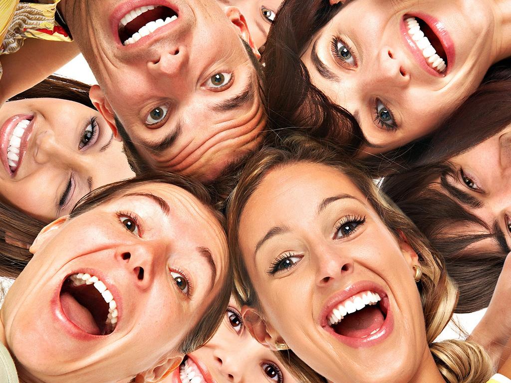 Смех без причины: Почему мы смеемся некстати?