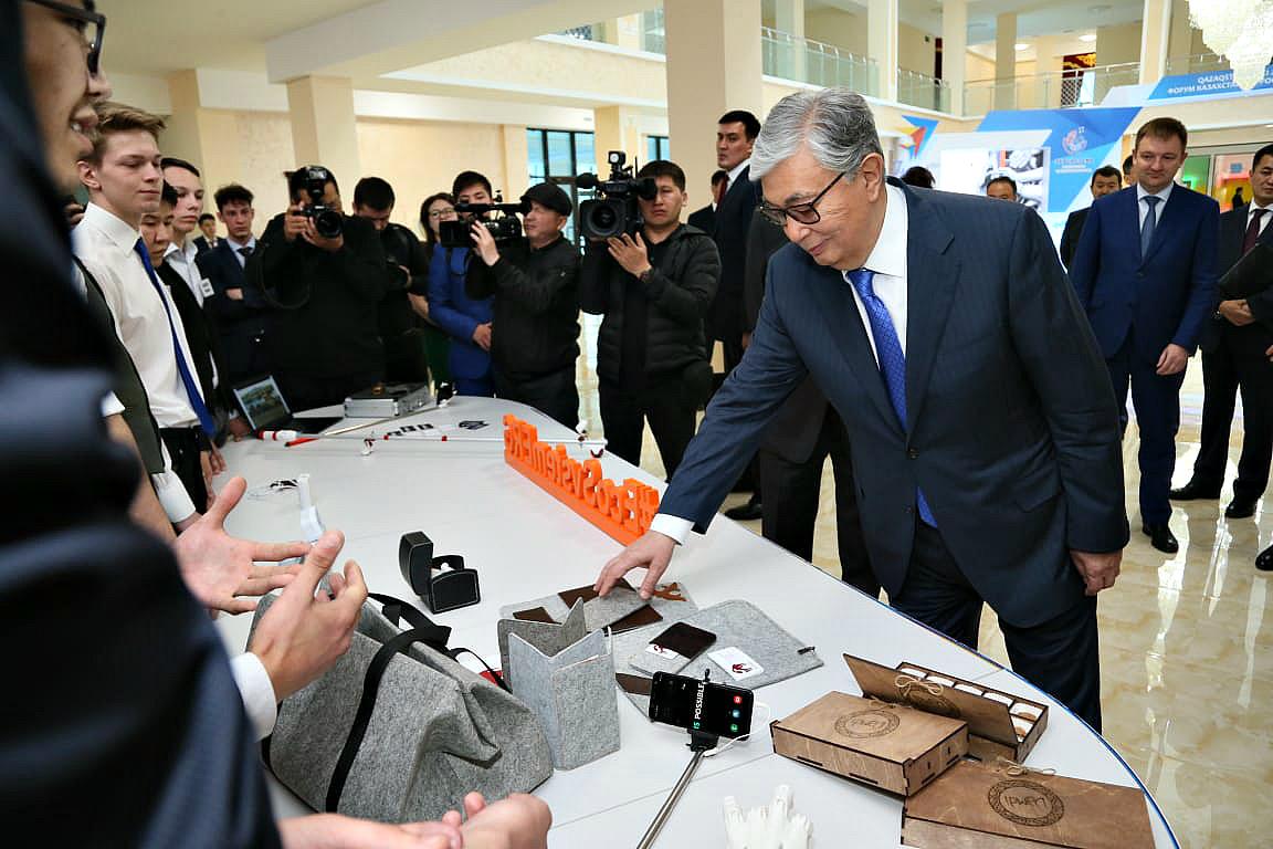 Президент РК: Диалог власти и общества должен строиться на признании плюрализма мнений