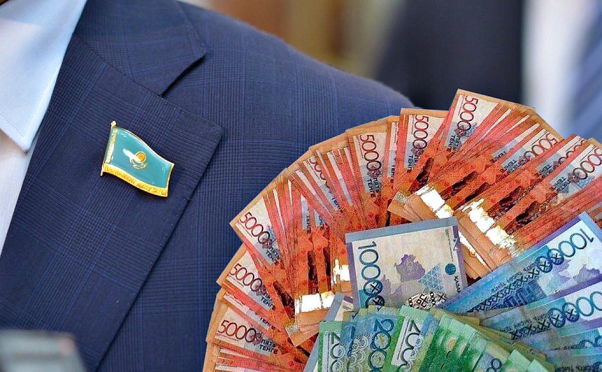В Казахстане в июне повысили зарплаты низкооплачиваемым бюджетникам