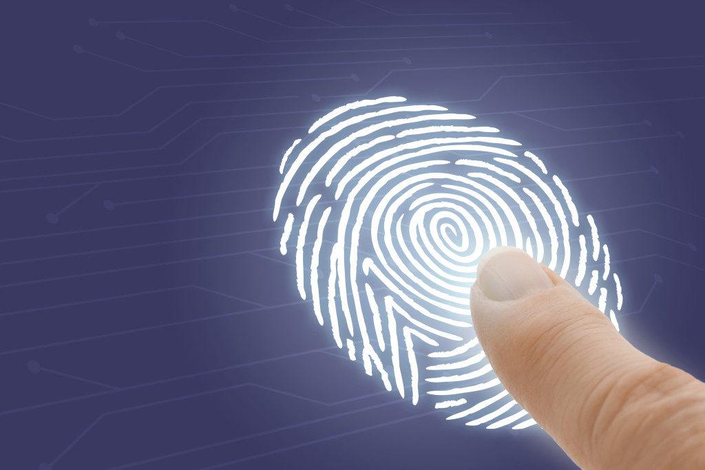 Тест: Узнайте о себе по своим отпечаткам пальцев