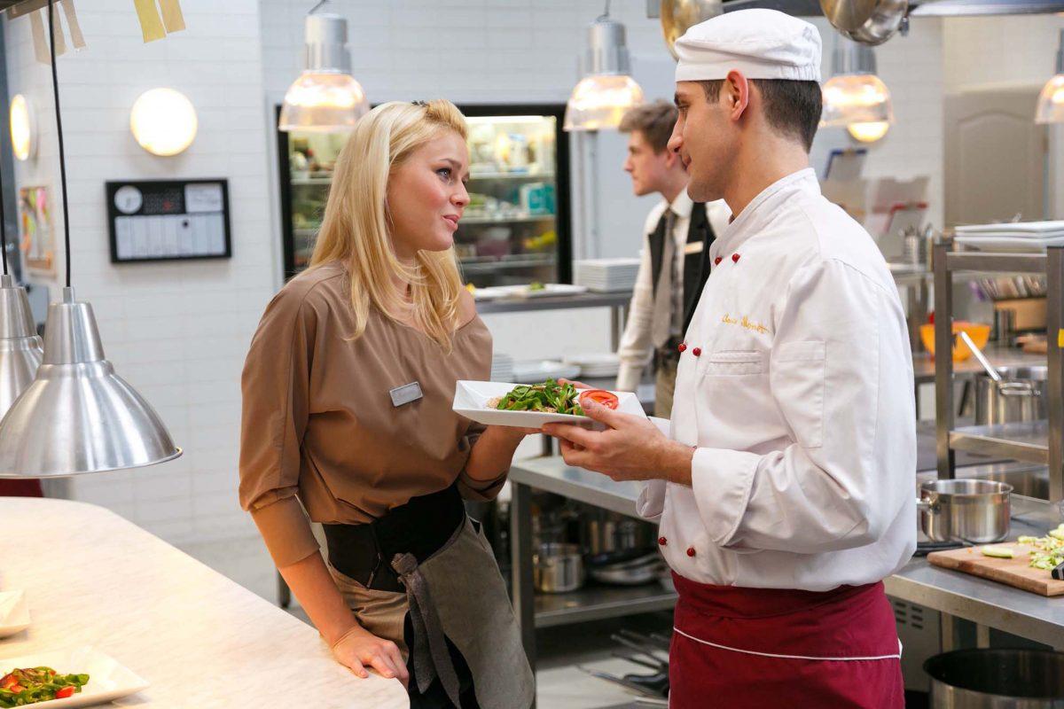 Красотки из «Кухни»: они стали украшением сериала