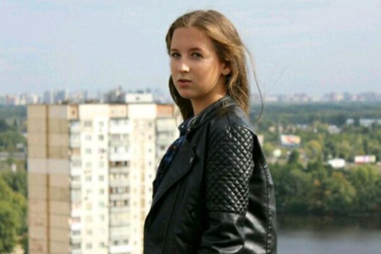 Три внучки сватов: как сейчас живут актрисы, сыгравшие Женю Ковалеву