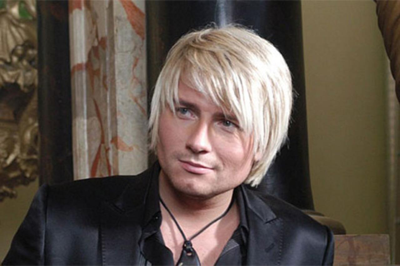 Лже-блондины: российские звезды, которые постоянно красят волосы