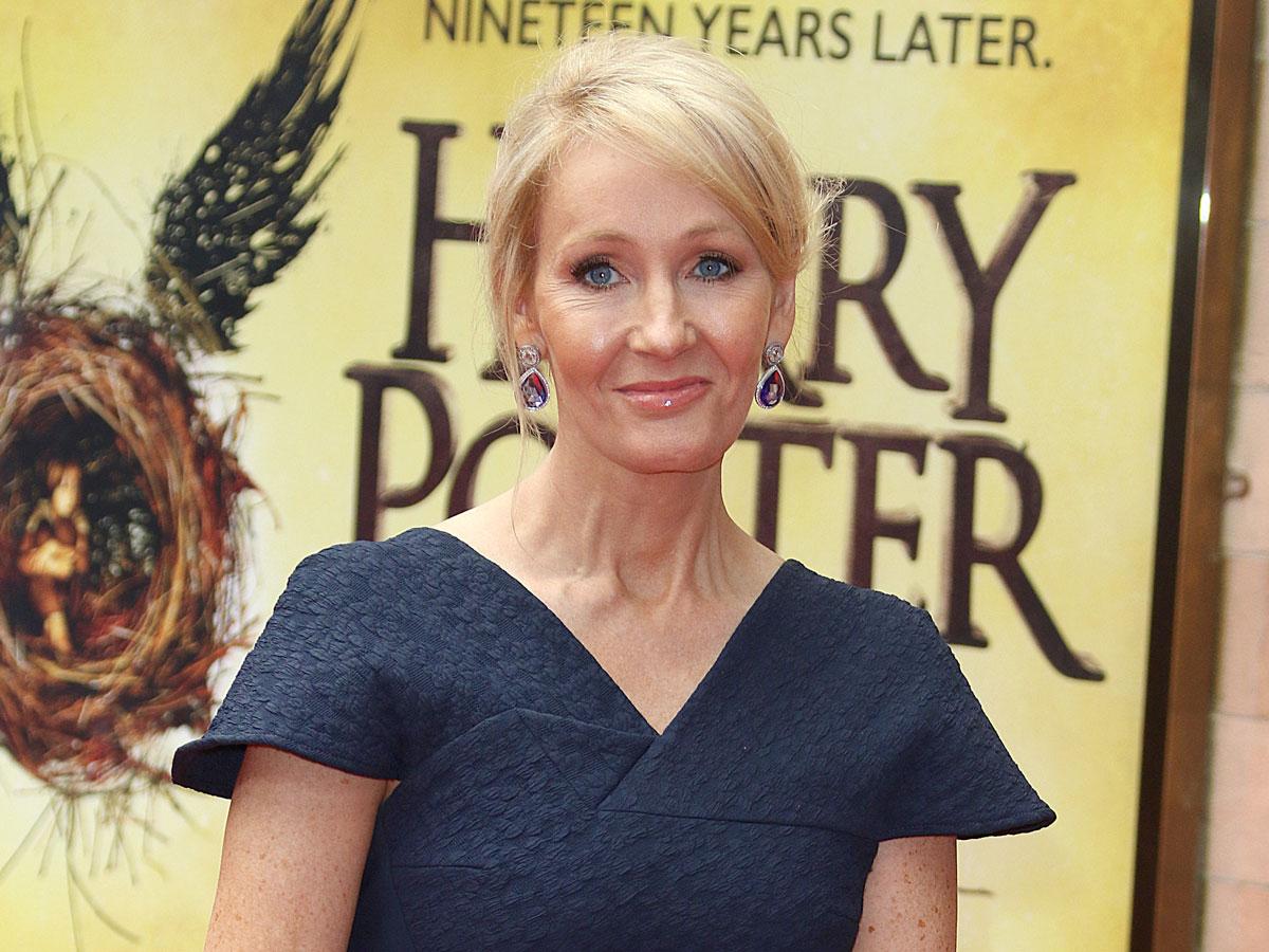 Джоан Роулинг и ее Гарри Поттер: путь от социального пособия до списка Forbes